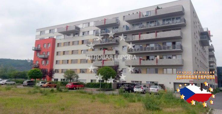 НЕДВИЖИМОСТЬ В ЧЕХИИ: продажа квартиры 2+КК, Прага, Vorařská, 125 200 € http://portal-eu.ru/kvartiry/2-komn/2+kk/realty168/  Предлагаем на продажу квартиру 2+КК площадью 53 кв.м, расположенную на первом этаже семиэтажной новостройки в районе Прага 4 – Модржаны. Квартира состоит из спальни, гостиной, совмещенной с кухней, которая оборудована новой бытовой техникой. Также имеется гараж и раздельный санузел: туалет с умывальником и ванная комната. В квартире на полах ламинат и плитка. Дом…