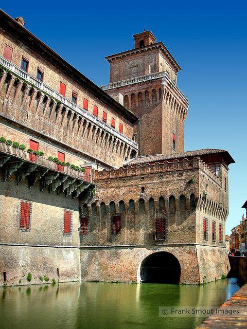 Castello Estense - Ferrara - Italia. 44°50′15″N 11°37′09″E
