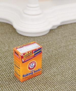 Random cleaning ideas: Home Remedies, General Freshener, Carpets Freshener, Clean, Stale Odor, Baking Sodas, Absorbed Stale, Freshener Carpets, Households Deodorant
