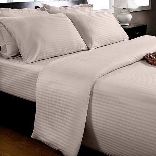 Tesco direct: Homescapes Violet Egyptian Cotton Duvet Cover and Pillowcases 330 TC, Super King £64.99