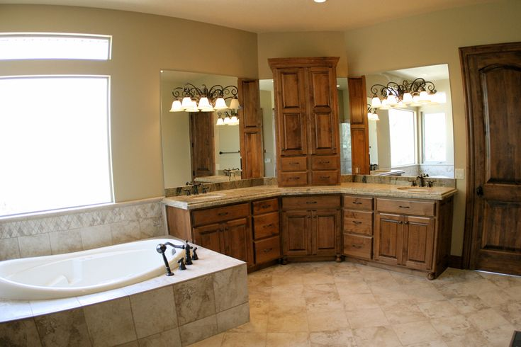 Simple Master Bathroom Designs: Simple Bathtub Master Bathrooms