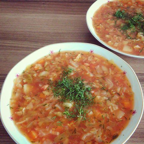 Wiosenny kapuśniaczek z młodej kapusty - tradycyjne potrawy gospodyni
