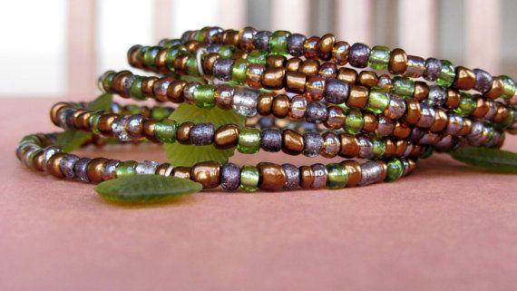 Light Olive Leaf Bracelet by AmarisJewelry on Etsy, $7.00