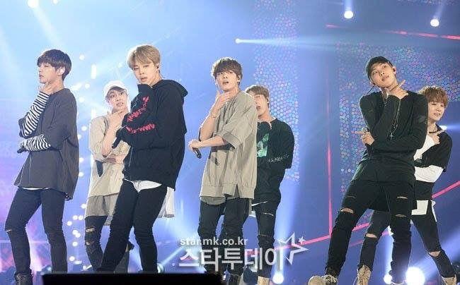 Press photos of BTS in 2018 Pyeongchang Winter Olympics Concert Admin SR^^