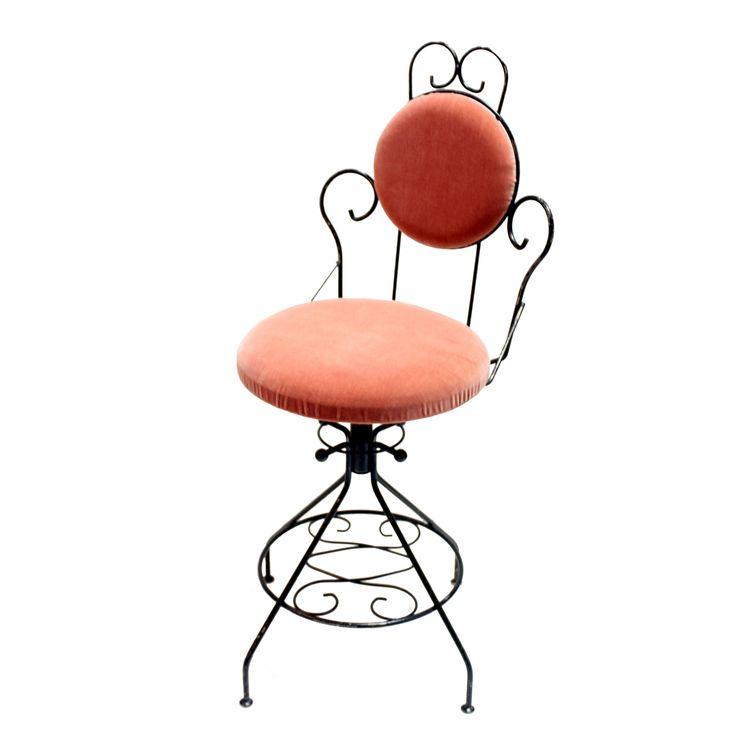 VINTAGE STOOL  座面を回転させると高さの調節ができます。背もたれと座面は新しいベルベットの生地で張り替えました。