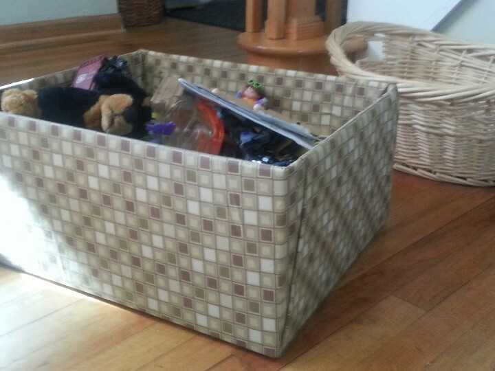 Diy fabric covered toy box from a cardboard box for Fabric covered boxes craft