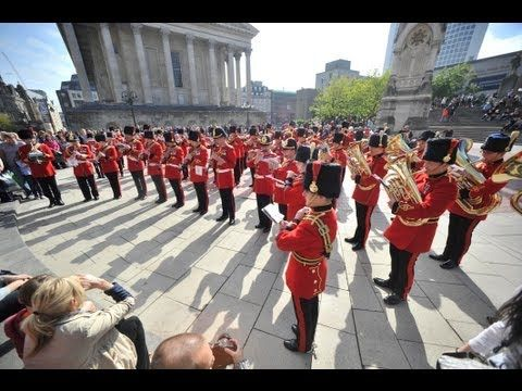 "▶ British Army musicians flashmob: ""Sing, Sing, Sing"" in Chamberlain Square, Birmingham, 21 Sep 2013 - YouTube"