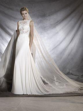 Svatební šaty Pronovias 2017 ve svatebním domě NUANCE. Model Oseleta.