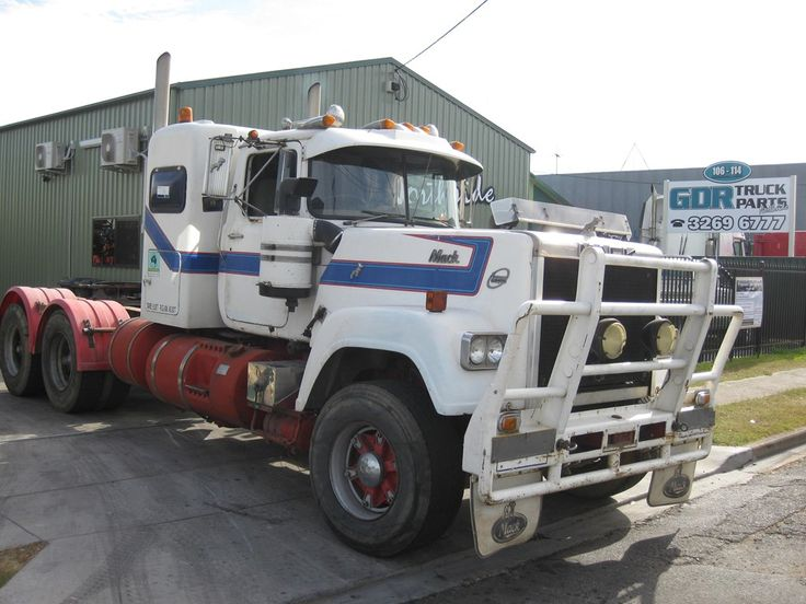 1980 MACK SUPERLINER for sale Trade Trucks, Australia