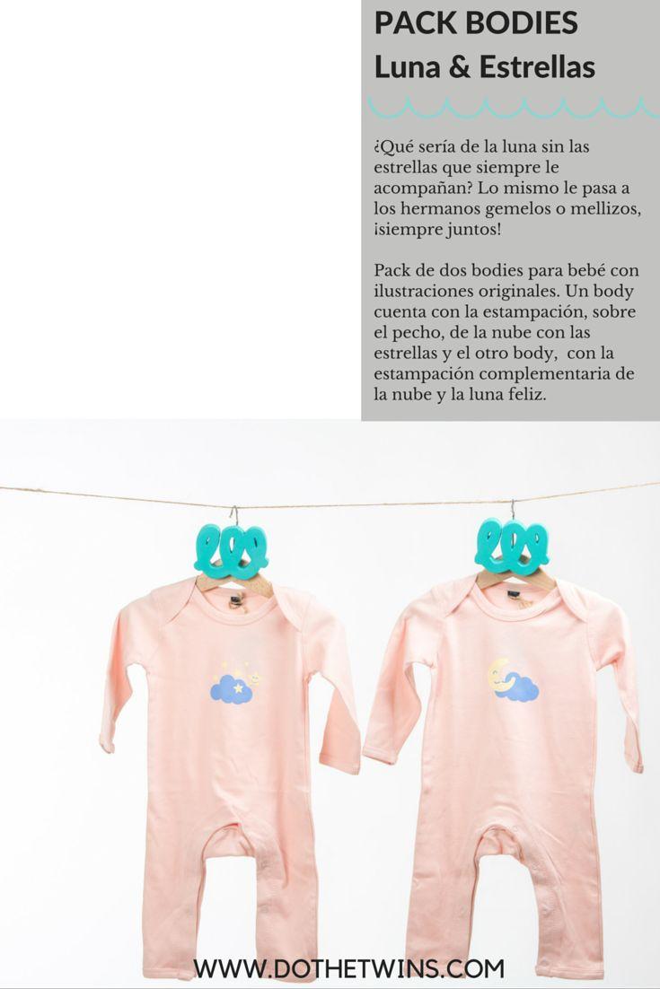Pack de dos bodies para bebé con ilustraciones originales. Un body cuenta con la estampación, sobre el pecho, de la nube con las estrellas y el otro body,  con la estampación complementaria de la nube y la luna feliz. #twins #presents #regalos #gemelos #mellizos