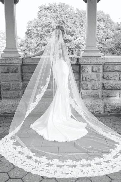Opting for an expansive, breath-taking veil as opposed to a longer train. Headache-inducing or simply lovely?: Weddingdress, Wedding Dressses, Veils, Wedding Dresses, Wedding Ideas, Dream Wedding