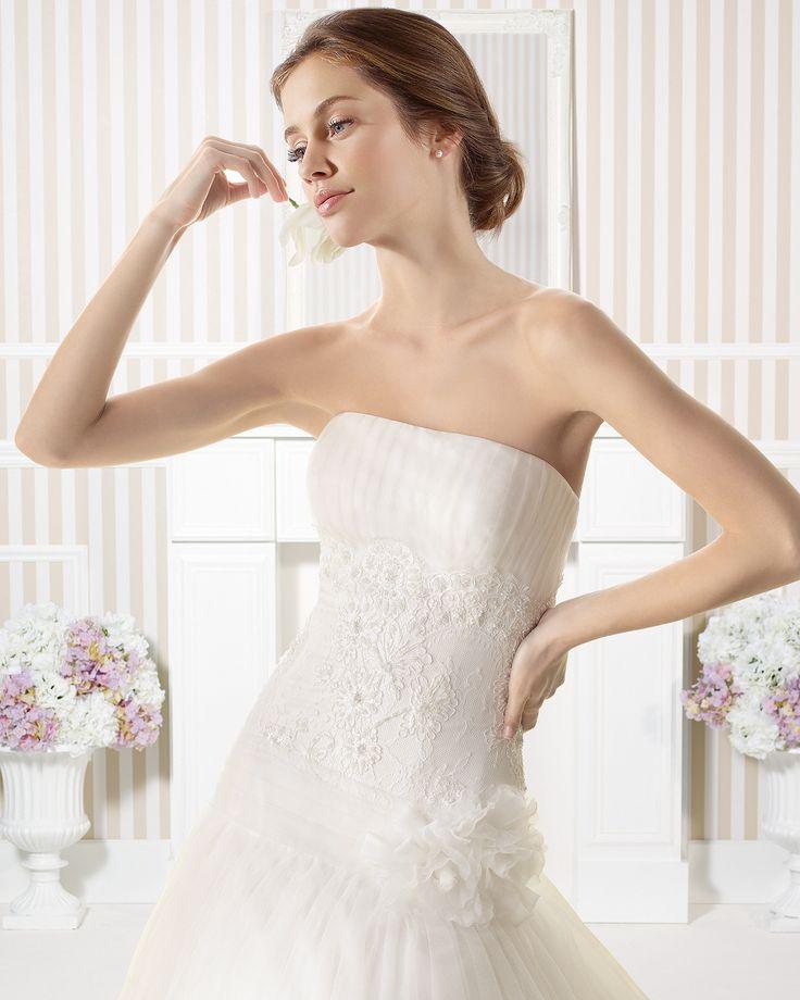 7S116 ELECTRA | Wedding Dresses | 2015 Collection | Luna Novias (close up)