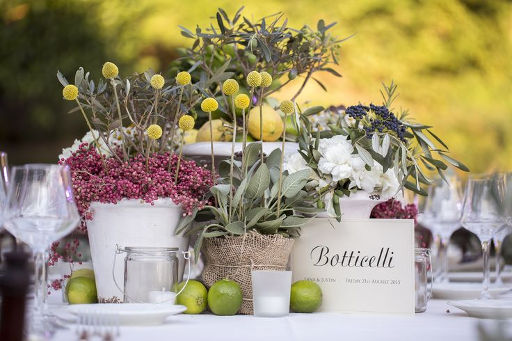 Rustic Chic wedding with terracotta vases and aromatic plants, lime and lemons