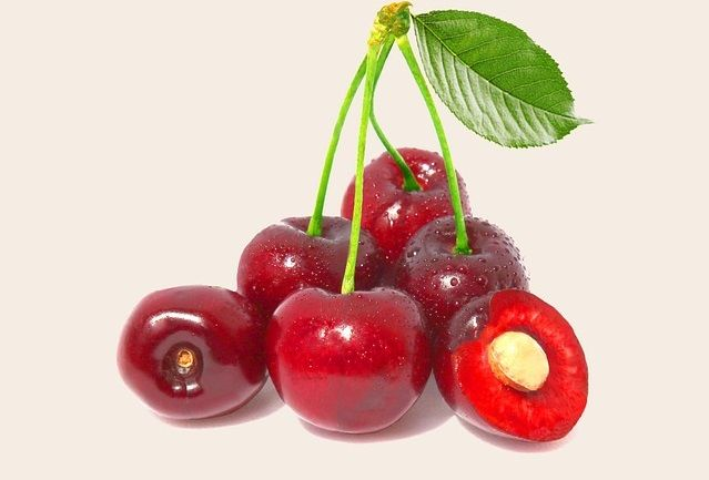 Montmorency cherry juice could reduce high blood pressure as much as medicines | Health Minute