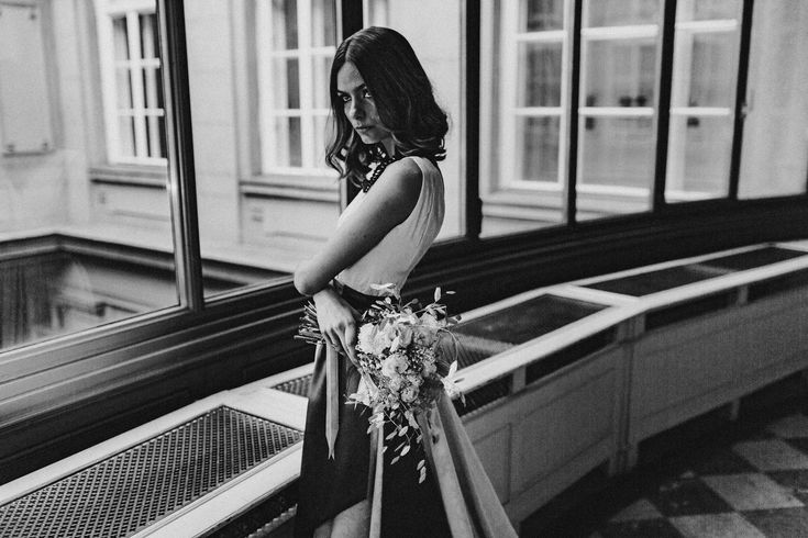 Brocade Classic Wedding Dress  Made to Measure Wedding Dresses made in Hungary  photo: Wertan Botond