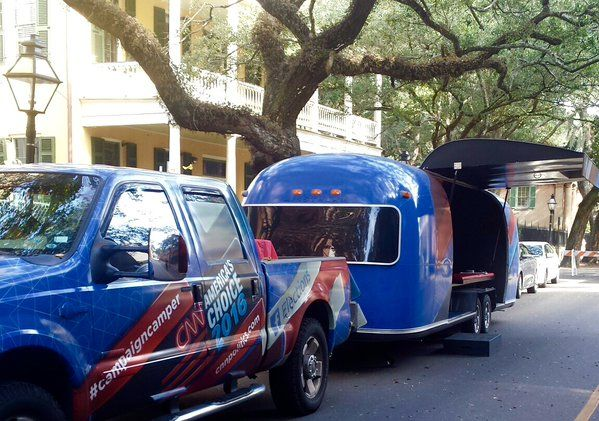 CNN @CNN  4m4 minutes ago Hey @UF! Stop by CNN & Facebook's #CampaignCamper today and film a question for #GOPDebate http://cnn.it/1PrQ7a7
