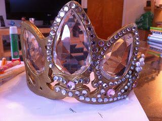 Sew Leslie: How To Make A Rapunzel Crown/Tiara!
