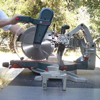 Woodworking Review - Bosch GCM12SD Sliding Miter Saw: Bosch GCM12SD Axial-Glide Miter Saw