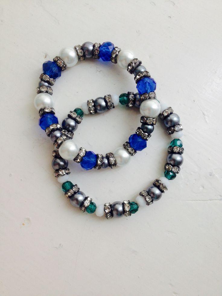 Made some bracelets:))