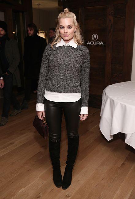 Love deze outfit van Margot Robbie. Jij ook? #steeldestijl hier >>