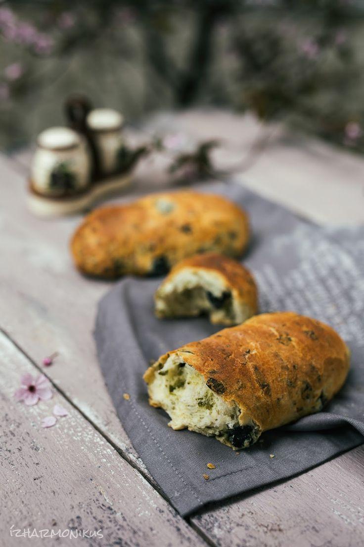ízharmonikus: Medvehagymás ciprusi kenyér