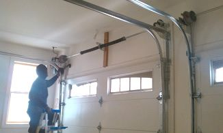 Get best, reliable and cost effective services at Long Island NY Garage Door Repair. We are leading Uniondale NY garage door repair, installation & Opener Services Company.