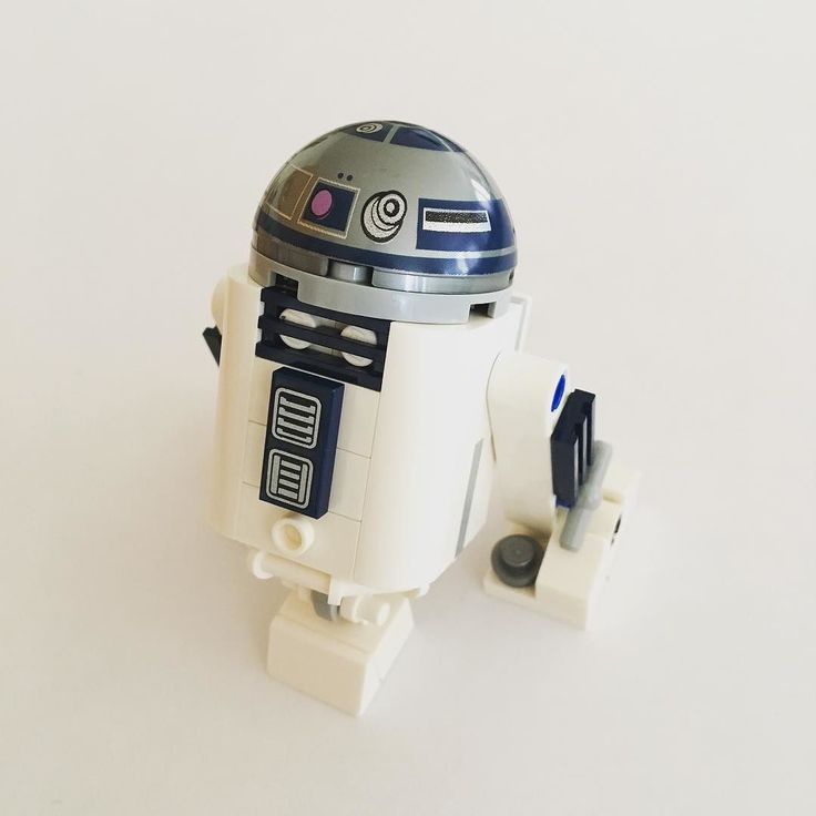 R2-D2 #r2d2 #r2d2lego #starwars #starwarslego #30611 #disney #smallbutcute