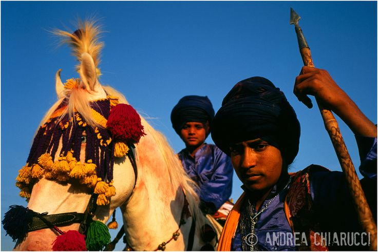 Young Nihangs warriors in occasions of Holla Mohalla in Ananpur Sahid. Punjab state of India. www.studioclic.it