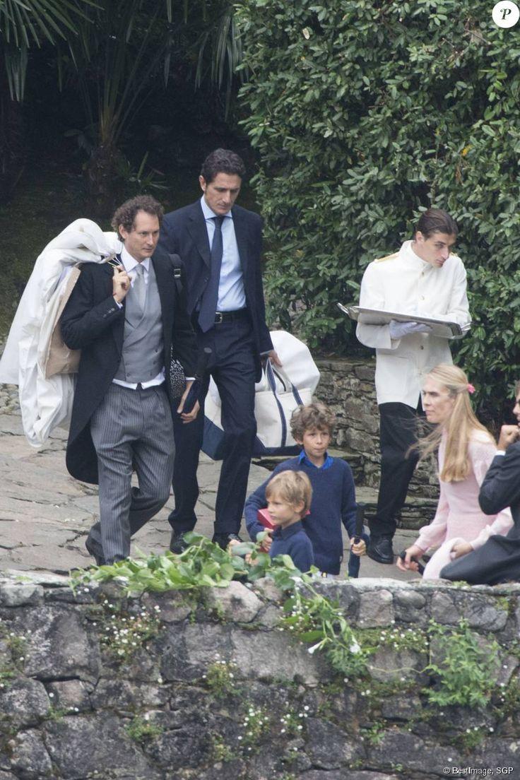 John Elkann, sa femme Lavinia Borromeo et leurs fils Oceano et Leone - Arrivées au mariage religieux de Pierre Casiraghi et Beatrice Borromeo sur les Iles Borromées, sur le Lac Majeur, le 1er août 2015.