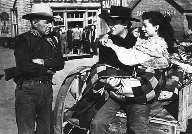 ANGEL AND THE BADMAN (1947) - Marshal Harry Carry makes sure that outlaw John Wayne & Gail Russell leave town - A John Wayne Production - Directed by James Edward Grant - Republic Pictures.
