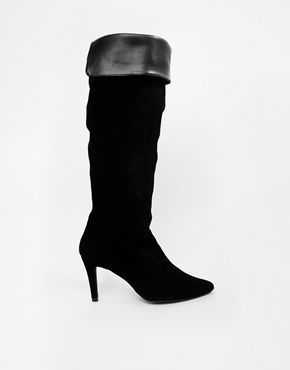 €265, Botas de Caña Alta de Ante Negras. De Asos. Detalles: https://lookastic.com/women/shop_items/96208/redirect
