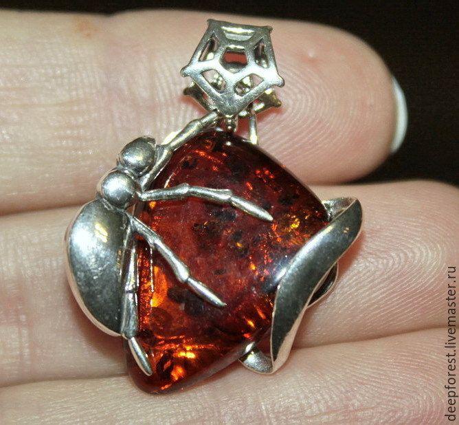 """Купить Кулон серебро, янтарь натуральный """"Паучок"""" - рыжий, кулон с янтарем, кулон янтарь натуральный"""