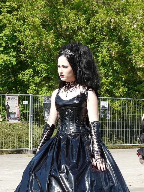 Goth, vinyl -WGT 2008 by fuerst, via Flickr