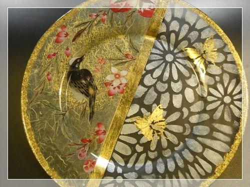 Piatto orientale con stancil in foglia oro découpage Clara Tramontano