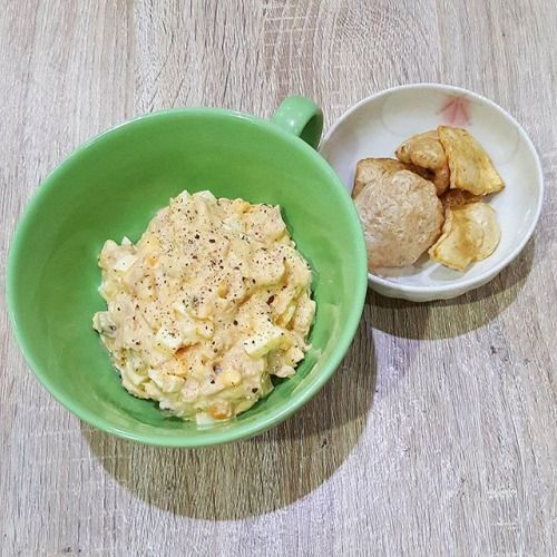 I make tuna salad with mayonnaise! Yum  Since I dont have low carb crackers I eat it with pork skin crackers. Recipe from Diet Doctor : Tuna Salad with Capers. #keto #ketogenic #ketogenicdiet #lchfdiet #lchf #lowcarb #lowcarbdiet #dietdoctor #dietdoctorrecipe - Inspirational and Motivational Ketogenic Diet Pins - Eat Keto Get Into Nutritional Ketosis - Discover LCHF to Prevent Diseases - Enjoy Low-Carb High-Fat Lifestyle For Better Health