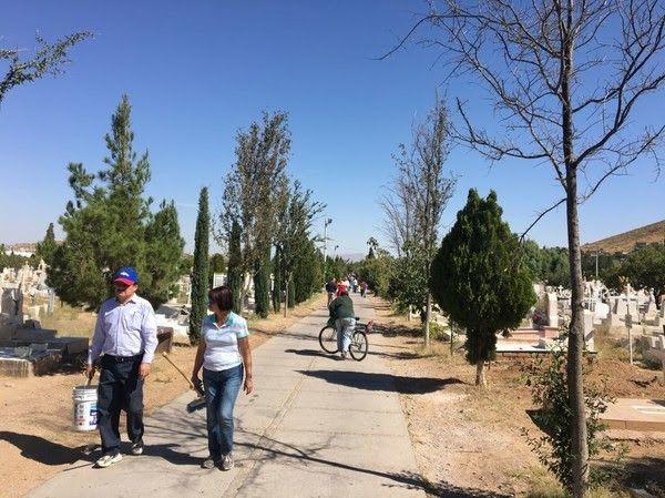 Dará Gobierno Municipal servicio de ubicación de tumbas en panteones municipales | El Puntero