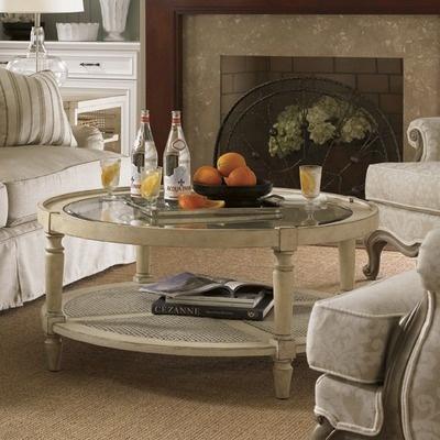 Muebles con acabados en blanco envejecido mesas - Muebles blanco envejecido ...