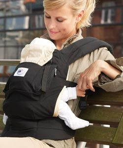 The #ERGObaby #Carrier is an all-in-one soft baby carrier that