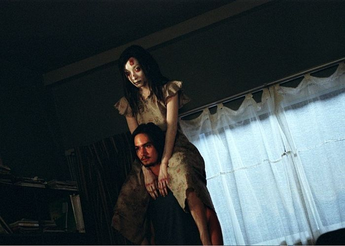 11 Disturbing Horror movies that you shouldn't Watch Alone.