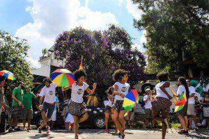 Bloco Fervo da Vila desfila no pós-Carnaval da Vila Madalena