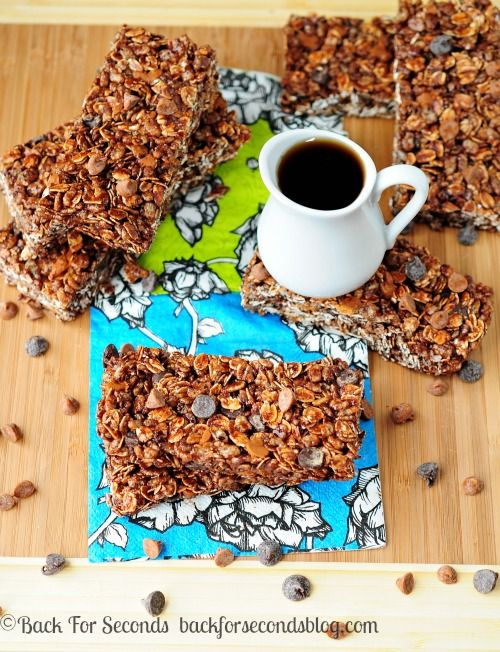 No bake granola bars in 10 minutes!!! Maple Chocolate Cinnamon Granola Bars  http://backforsecondsblog.com#nobake #recipe #granolabars
