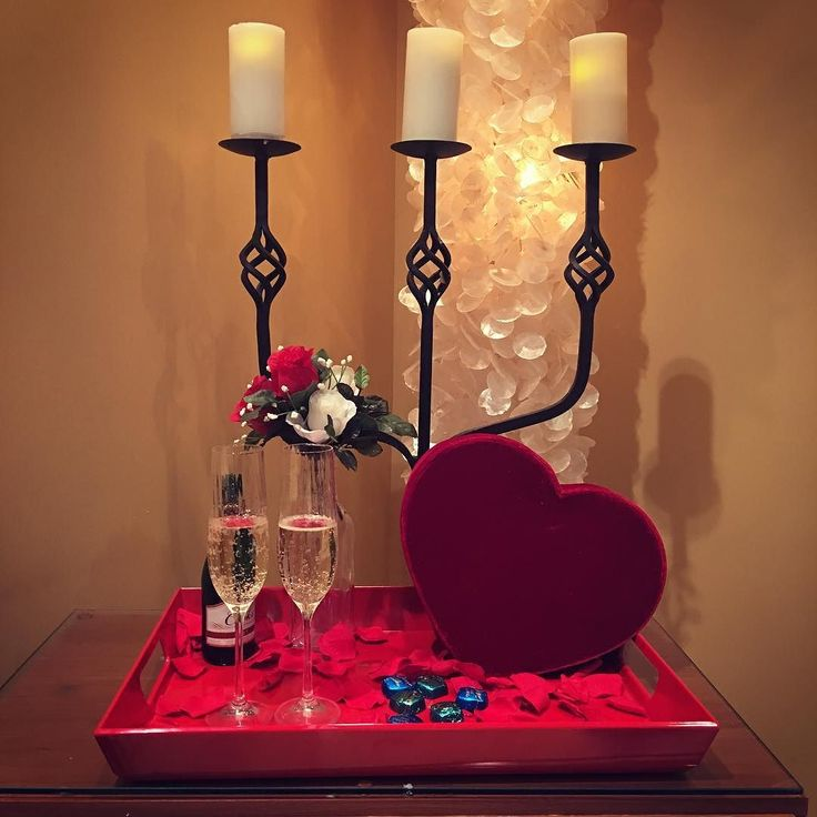 Have you experienced our Couple's Retreat?  Enjoy some champagne and chocolates in our candlelit couple's room and then have a relaxing couple's massage with us here at Spa Visage.  Sounds like a Valentines dream come true! #spavisage #massage