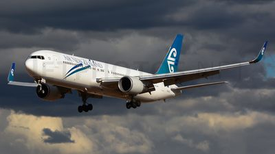 Photo of ZK-NCL - Boeing 767-319(ER) - Air New Zealand
