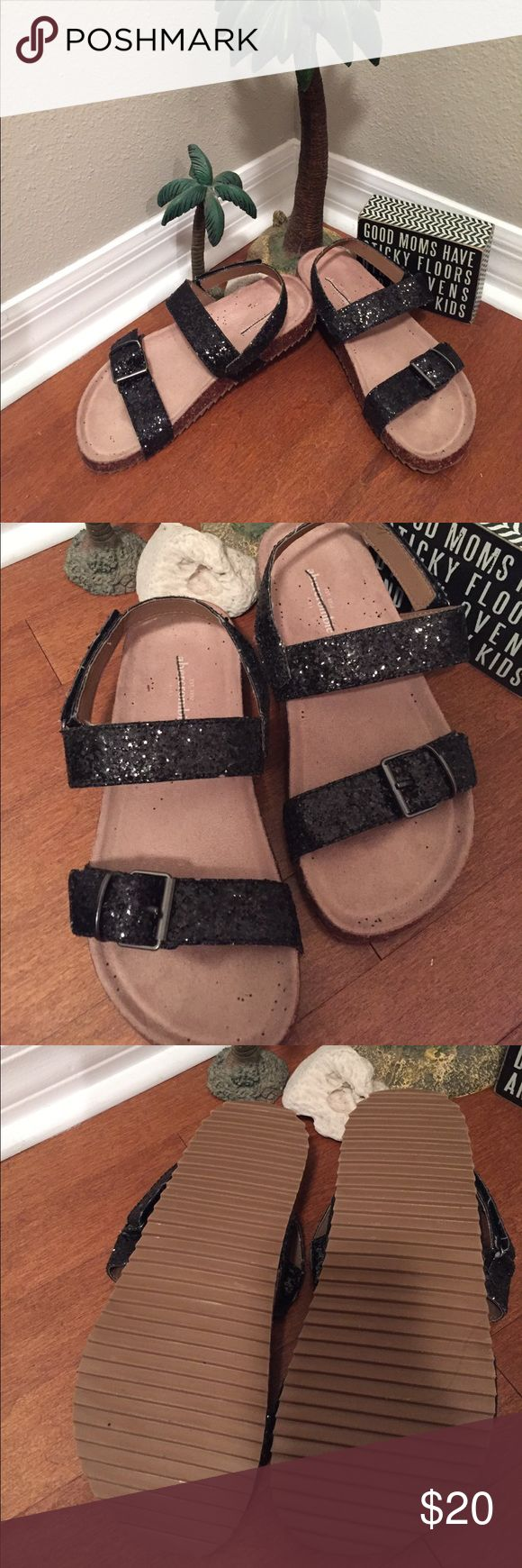 Abercrombie Glitter Strappy Sandals These are so cute and sparkly. They are brand new from Marshalls store, wo tags. They say Abercrombie kids on inner sole, but when purchased the tag said women's size 6.5. So possibly a kids 5?? They fasten at the side with Velcro strap and have adjustable buckle on top. Never worn. So cute💕🦋 Abercrombie & Fitch Shoes Sandals