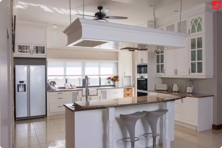 When planning on renovating your #kitchen, always make sure you discuss the 'work triangle' with your designer!    The busiest areas in any kitchen is the sink, the stove and the refrigerator and these areas and appliances should be in an efficient location, that is relevant to one another!    #kitchen #kitchendesign #housegoals #kitchengoals #kitcheninspo #kitchenremodel #kitchendecor #kitchenlife #housedecor
