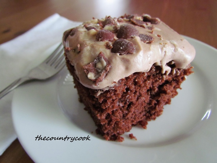 Whopper Cake (chocolate malt cake): Sweet, Desserts Cakes Pies, 36 Favorite Cake Mix Recipes, Food, Cake Mixes, Favorite Recipes, Country Cook, Cake Recipes, Whopper Cake