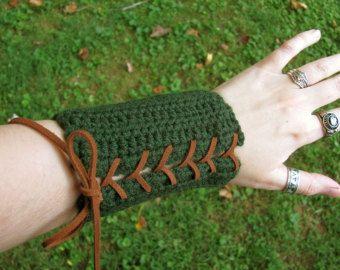 Elfe vert et brun noir Costume brassards tir à l'arc Armor bonneterie poignet garde la paire