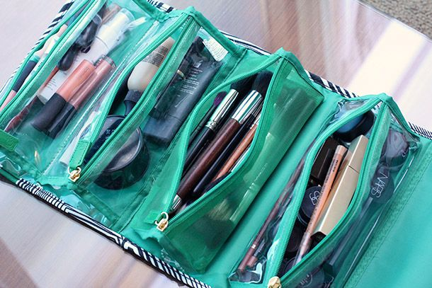 Awesome Makeup bag (REALLY great blog!) Sonia Kashuk Roll Up Valet