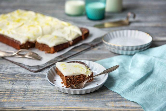 Yvonne's Zucchini Kuchen Rezept