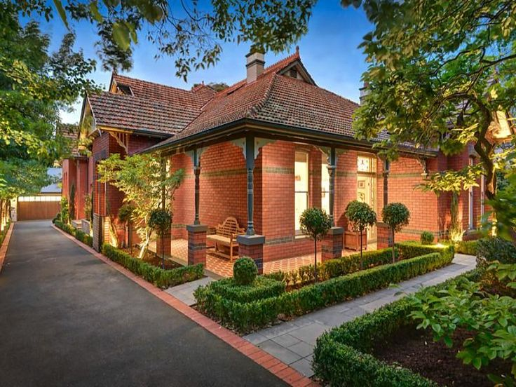 1000 Ideas About Red Brick Houses On Pinterest Brick